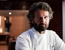Polemiche per la cena di Cracco al VinItaly, la risposta dello chef sui social