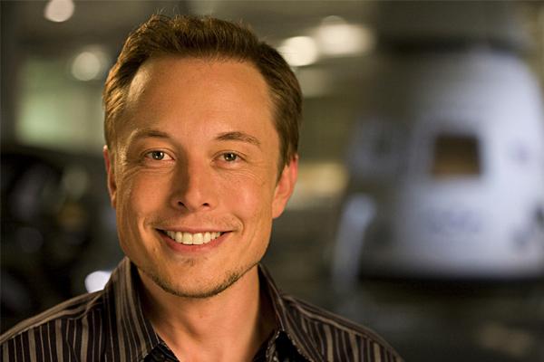 Elon Musk, nel 2024 l'uomo andrà su Marte