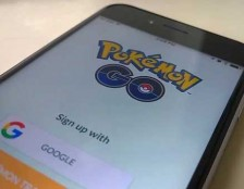 Gioca a Pokemon Go trova un cadavere