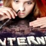 Internet, etichette contro la dipendenza digitale
