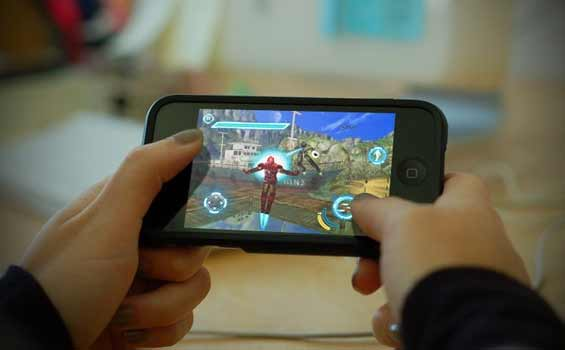 La tua nuova console Uno Smartphone