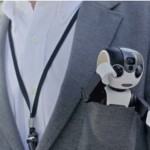 Smartphone RoboHon, l'adorabile Robot Phone tascabile